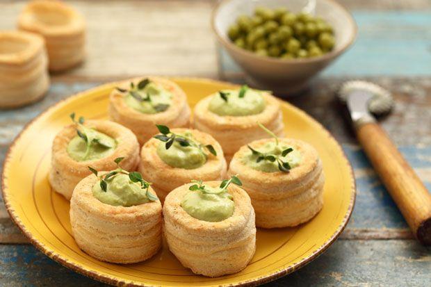 #Volauvent alla #crema di #piselli || #Cirio, gusta la nostra #ricetta. #peas #appetizer #fingerfood #food #recipe