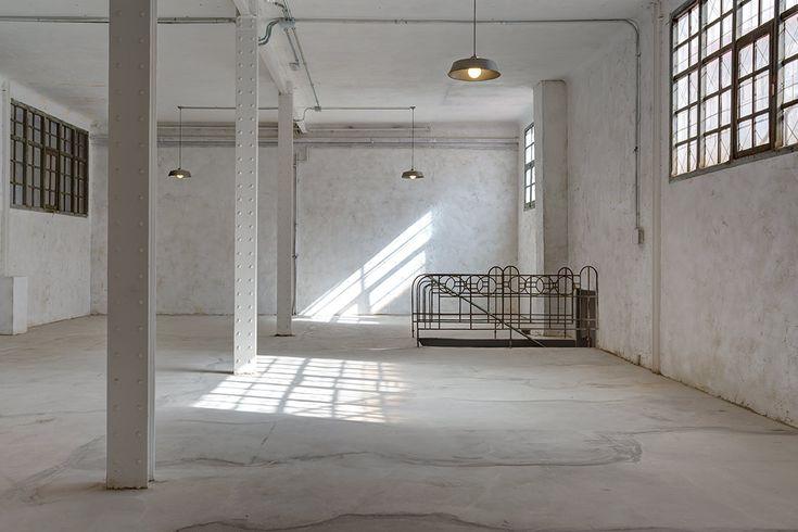 Vuelve a Madrid Singulares Inventory Room, la venta efímera organizada por Singulares Magazine, que celebra su cuarta edición del 6 al 8 de Mayo. Para los amantes de la decoración en el entorno 2.0…
