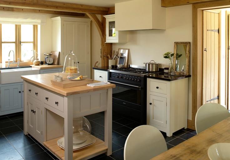 Bespoke kitchens the classic english kitchen devol for Bespoke kitchen cabinets