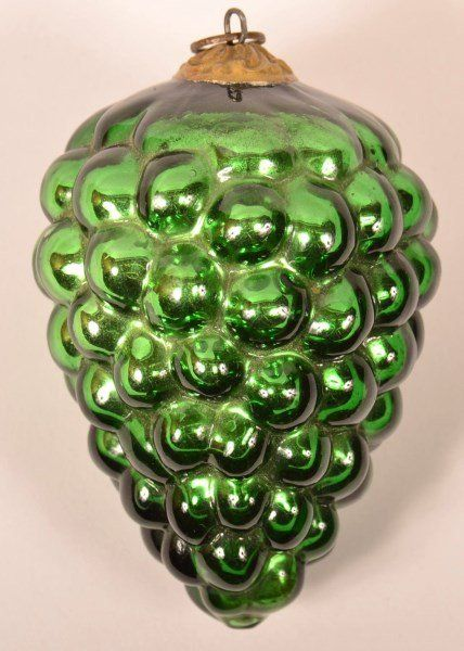 Green Blown Glass Cluster of Grapes German Kugel.