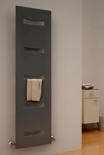 Radiatore scaldasalviette ad acqua calda / verticale / in acciaio / da parete ANCORA REINA DESIGN