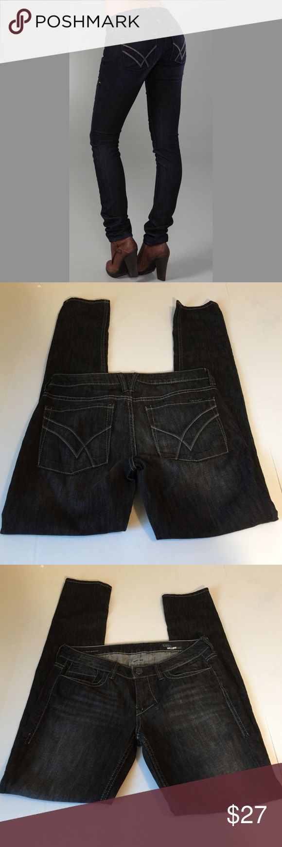 William Rast Jerri Ultra Skinny Jeans, size 29 William Rast Jerri Ultra Skinny Jeans in size 29. Color is a charcoal gray black. Flat lay measure of the waist is 16. Rise is 8, inseam is 34, and leg opening is 6. Made from 99% cotton and 1% spandex. Features factory fading. In excellent condition, please ask if you have any questions. Jeans Skinny