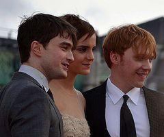 File:Daniel Radcliffe, Emma Watson & Rupert Grint colour.jpg - Wikipedia, the free encyclopedia
