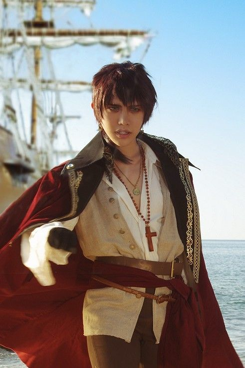 Pirate spain Hetalia cosplay-- OMFG IS THIS HUMAN REAL?! I swear to god they're not