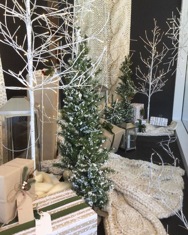 It's beginning to look a lot like Christmas! Thanks to our Streets at Southpoint store for sending in this shot! #CrateStores