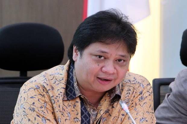 Jadi Kuda Hitam Airlangga Dinilai Bisa Jegal Akom di Munaslub