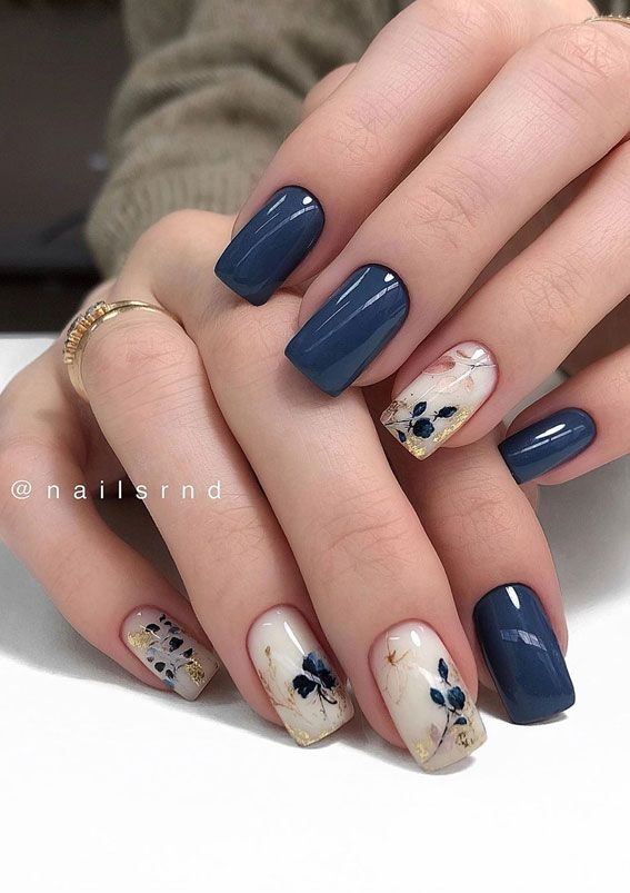 Gorgeous Nail Designs That AREN'T Boring - As Coronavirus has spread around the world. Everyone must stay at home to help stop the spread of coronavirus. Self-isolation has thrown every appointment with a manicurist, a hair stylist and dermatologist… Chic Nails, Stylish Nails, Trendy Nails, Elegant Nails, Classy Nails, Pink Nails, My Nails, Blue Nails Art, Fall Gel Nails