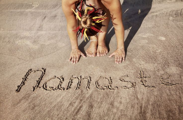 What does namaste mean? The root of Namaste comes from the two sanskrit words namas meaning bowing, and te to you. The meaning of the word Namaste is 'bowing to you'.