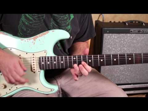 Double guitar lesson lick note