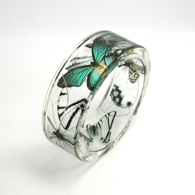Sylwia Calus's bracelet. Etsy.