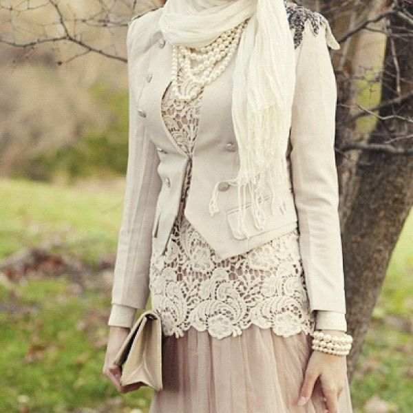 Blush skirt, lace top, blazer and pearls.. maybe too much layering - check out: Esma <3