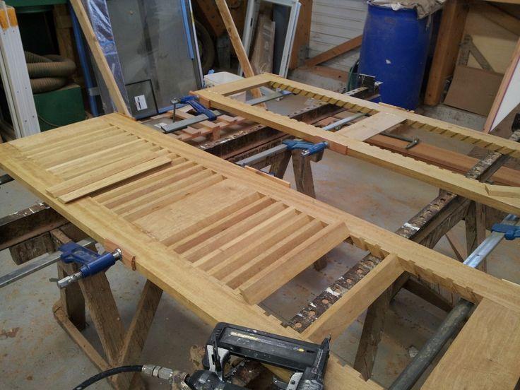 Fabrication atelier de volet bois à persiennes - Arzal - 56