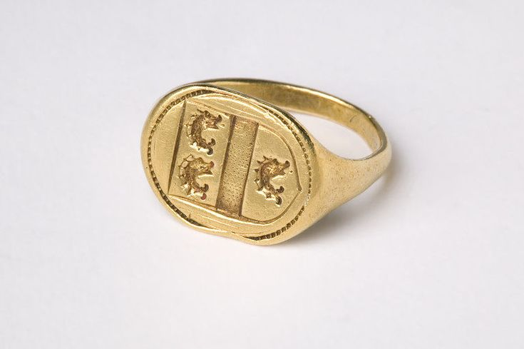 Top 25 ideas about Jewelry- signet rings on Pinterest ...