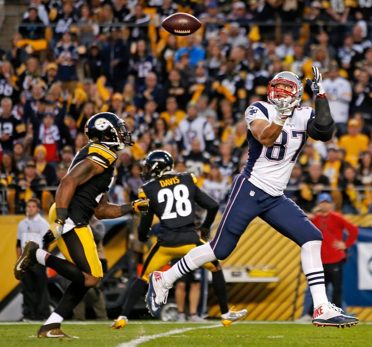 Patriots vs. Steelers:     October 23, 2016  -  27-16, Patriots  -      For Patriot, rad to Gronkowki I nough