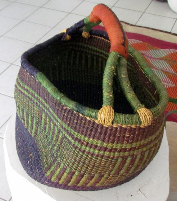 Handmade big wicker basket with leather handgrip by ManinaIrvine, €40.00