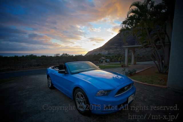『ハワイでレンタカー:今回もムスタングのコンバーチブル(オープンカー)♪ヽ(・∀・)人(・∀・)ノ』