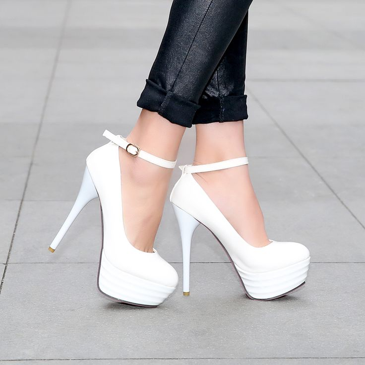 35 best Shoes Woman/Boots/Pumps/High Heels images on Pinterest ...