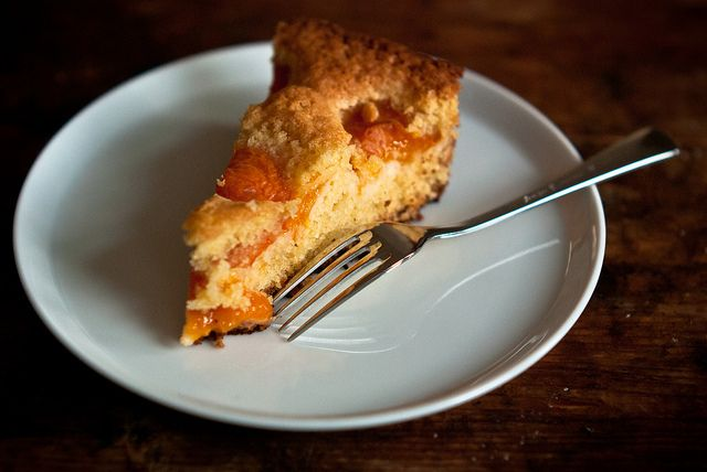 Almond and apricot cake by stijn, via Flickr