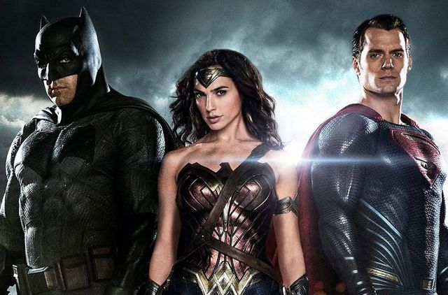 Why These 6 Criticisms On Batman vs Superman Trailer #2 Are Completely Inaccurate!