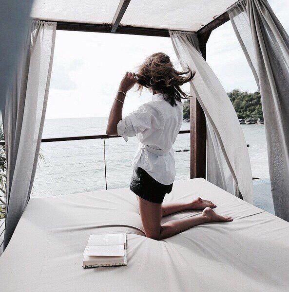 Кровать, жизнь, девушка, модель, океан, море, пляж, книгам, отдых, путешествие, фото