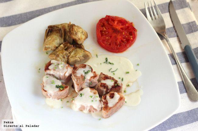 Tacos de solomillo de cerdo con alcachofas y salsa de queso. Receta con fotos paso a paso de su elaboración. Consejo para aprovechar solomillo de cerdo