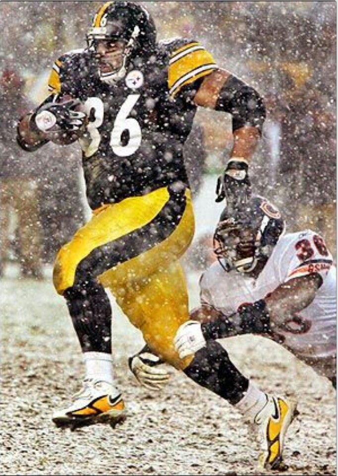Jerome Bettis..............a man among men, he is a  bus among a groups of cars.....he carried the ball when the whole world knew he would get the rock.   they still could never stop him.......so come on voters, HE  SHOULD  HAVE  BEEN  IN   THE   HALL    OF  FAME   ON   1ST   BALLOT