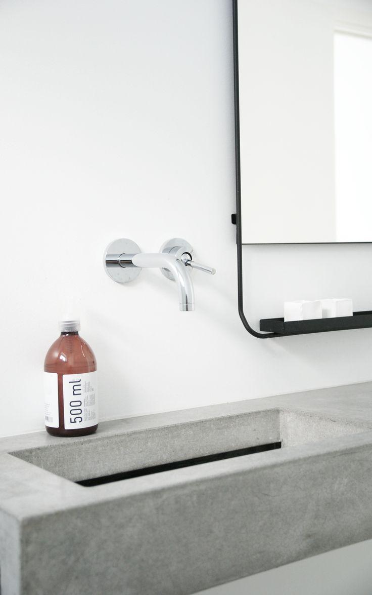 Black, White & Grey | Modern Bathroom Styling Details | Bath Essentials | Contemporary Design | Natural | Add an organic bamboo toothbrush | nakedtoothbrush.com | #inspiration #nakedbath