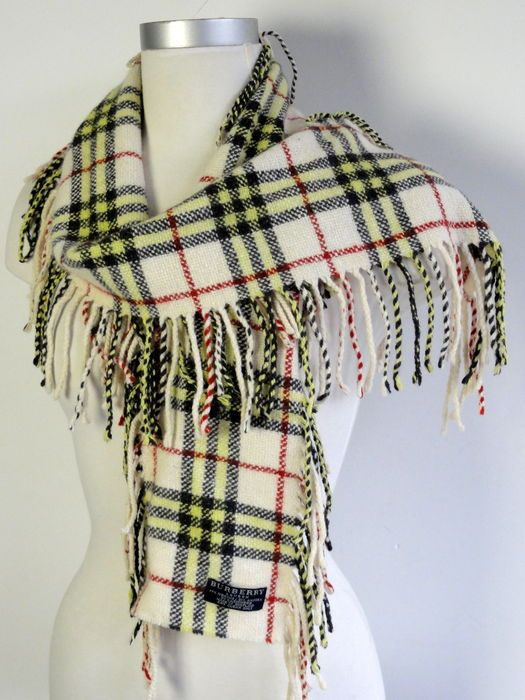 Online veilinghuis Catawiki: Burberry - sjaal - franje