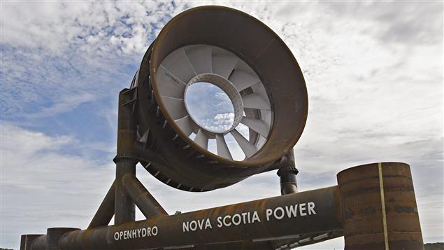La Nouvelle-Écosse tente depuis 10 ans de développer le potentiel énergétique des marées de la baie de Fundy. La province à mis à la disposition des entreprises un site expérimental dans le bassin des Mines. Et une compagnie française dit qu'avant la fin de l'année, elle y produira de l'électricité.