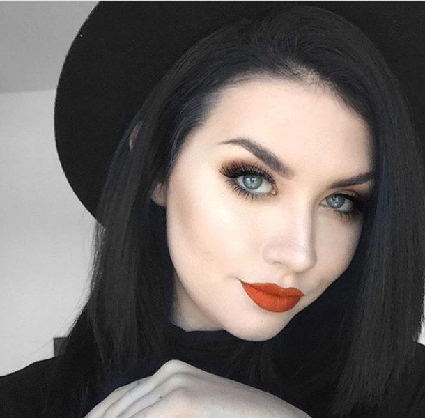 Red Lips Welcome To My Blue Eyes Makeup Inspiration Board Here You Will Find Makeup Ideas For Sen Black Hair Pale Skin Black Hair Makeup Dark Hair Pale Skin