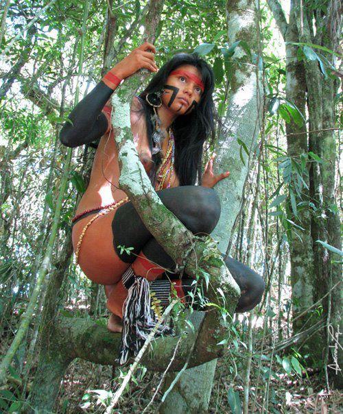 Euzilene Prexede Birth Guajajara - Zahy (Moon) Guajajara - was born in 1989 in the village of indigenous people Guajajara Colony in Barra do Corda - MA. you can see the photos of beautiful Indian model