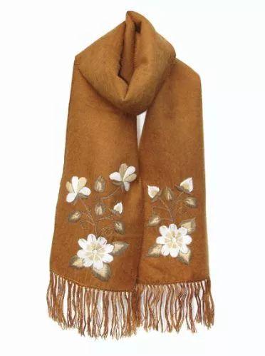 bufanda de alpaca bordada 100% artesanal