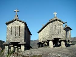 Espigueiros. Parque Nacional da Penêda-Gerês #Portugal