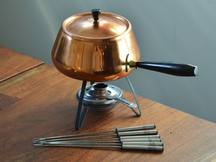 Vintage Copper Fondue Pot with stand, burner and forks - Black Bakelite handle and knob, made in Japan 1970s Mid Century Modern kitchen by Trashtiques on Etsy https://www.etsy.com/ca/listing/511647928/vintage-copper-fondue-pot-with-stand
