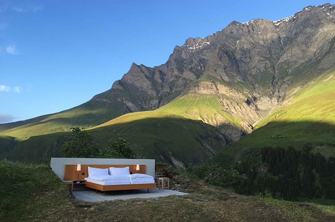 http://www.holidaysforcouples.travel/adventure-discovery/2350-the-world-s-first-zero-star-hotel