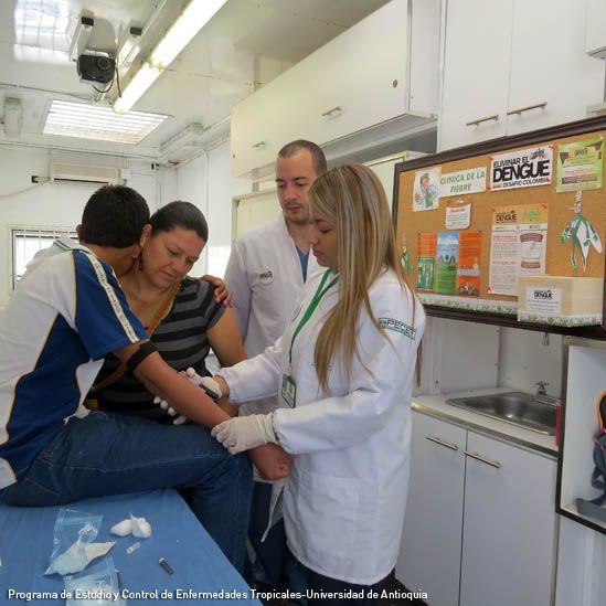 Dengue, vacunación