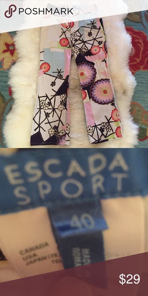 🎈Adorable Escada Sport pants🎈 I mean, how cute are these?  These are a Euro size 40.  Machine washable.  Non-smoking home.  Thanks for looking! Escada Sport Pants Ankle & Cropped