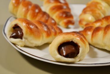 Japanese Chocolate Cornets