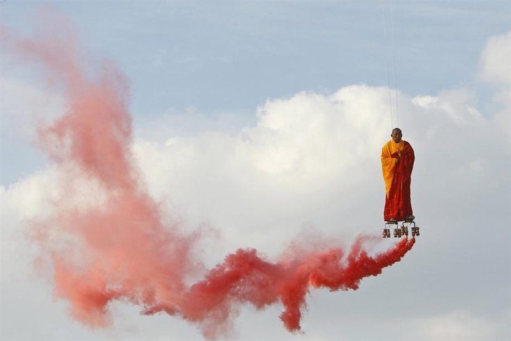 Flying monk performed in Paris by a Chinese modern artist