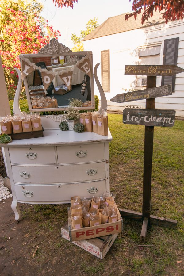 Top 25 Ideas About Vintage Style Weddings On Pinterest
