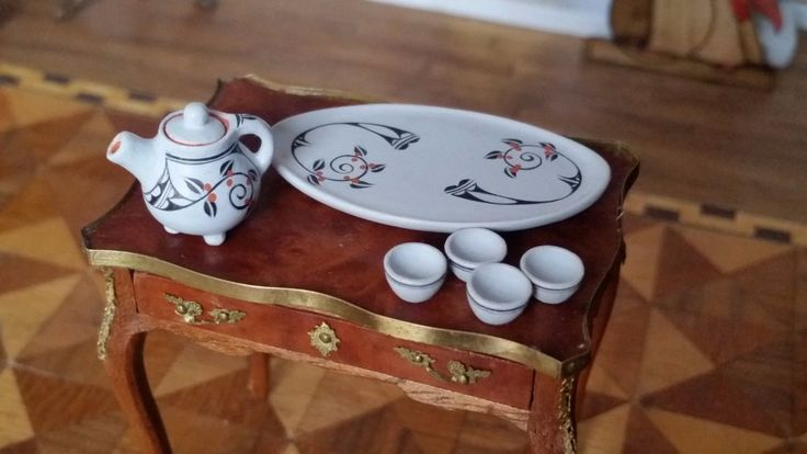 Teresa Wildflower - Native American pottery tea pot, cups and tray