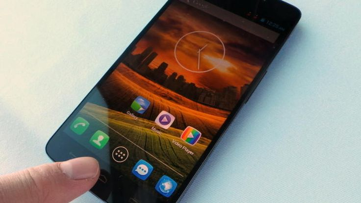 The Alcatel One Touch Idol X is a giant Android phone