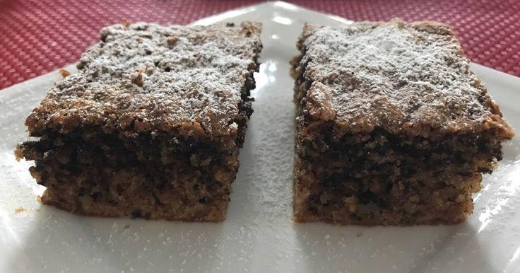 """Mennyei Bögrés-diós süti recept! A """"ronda, de finom"""" kategóriába tartozik ez a süti, de finomabb a csúnyaságánál. 😊 Gyorsan és könnyen elkészíthető."""