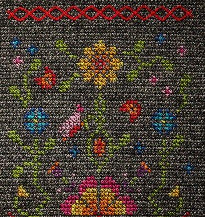 Scheepjes CAL 2017 - Hygge Shawl - free crochet pattern with cross stitch in 14 parts by Kirsten Ballering of Haak Maar Raak.