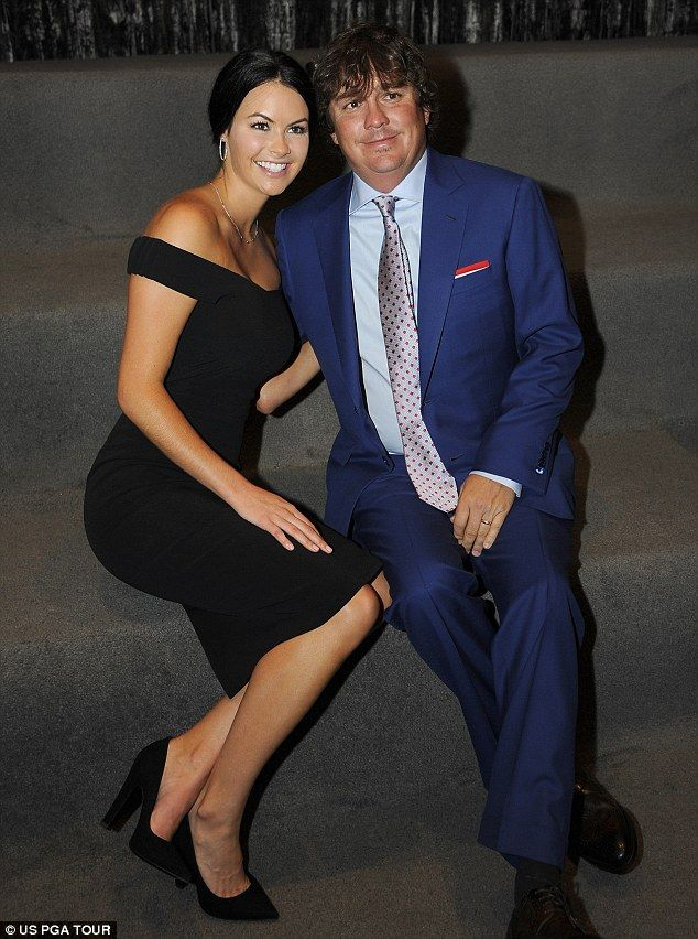 """Tiger Woods and Amanda Dufner Had """"Steamy Affair"""" Per Tabloids Amanda Dufner  #AmandaDufner"""