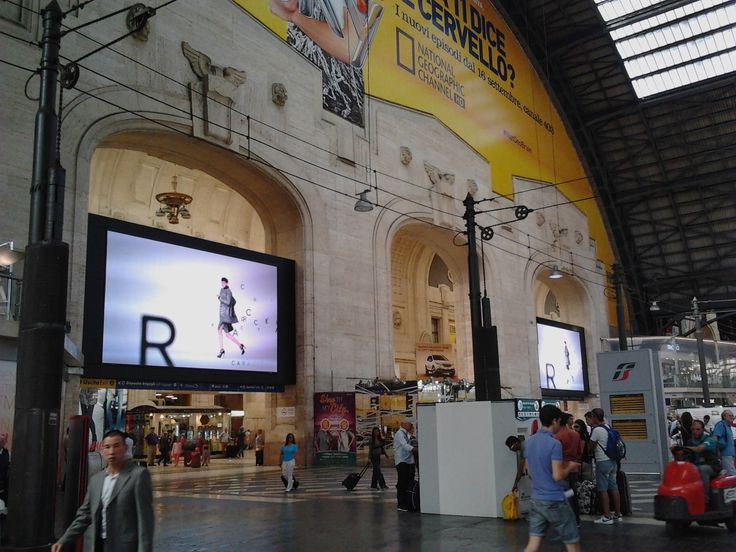 Caractere's short movie in the Central Station