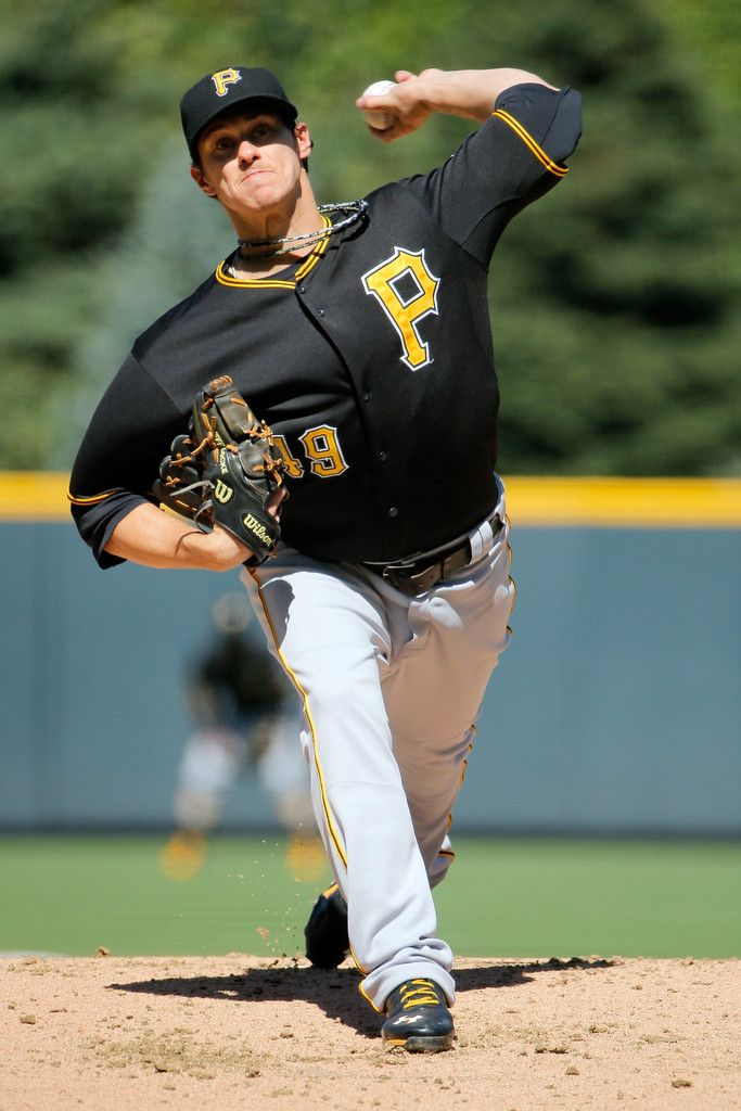 Jeff Locke in Pittsburgh Pirates v Colorado Rockies