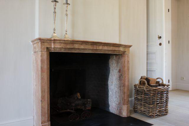 landelijke openhaard | woonkamer ideeën | living room decor ideas | luxury living room | HOOG.design