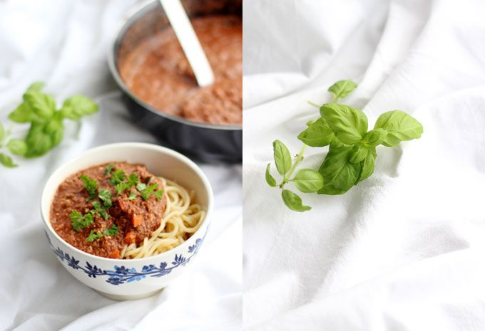 WALNOOT BOLOGNESE