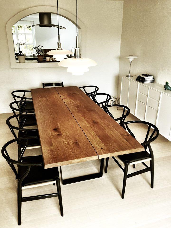 dk3_design_furnitureDoes it get much better than this? The LOWLIGHT TABLE seen exactly where it was meant to be... #dk3 #lowlighttable #lowlight #madeindenmark #danishdesign #copenhagen #wishbonechair #poulhenningsen @louispoulsen www.dk3.dk